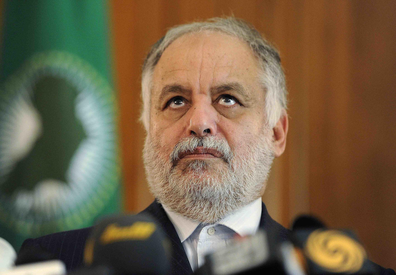 L'ex-Premier ministre libyen Al-Baghadi al-Mahmoudi lors d'une conférence de presse à Tripoli en août 2011.