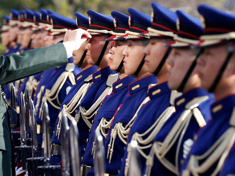 Lực lượng phòng vệ- tức quân đội, Nhật Bản.