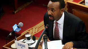 Waziri Mkuu wa  Ethiopia, Abiy Ahmed akihutubia bunge ,tarhe 19 April 2018.