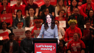 Nouvelle-Zélande: la Première ministre Jacinda Ardern en campagne pour un second mandat