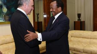Le président camerounais Paul Biya a reçu Laurent Fabius samedi 21 février.