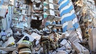 俄居民楼天然气爆炸   不满一周岁的婴儿幸免于死