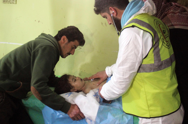 Nạn nhân vụ tấn công bằng chất độc hóa học tại Khan Cheikhoun, Syria. Ảnh ngày 04/04/0017.