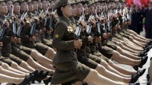Grande parade militaire à Pyongyang ce samedi 27 juillet 2013 pour fêter la «victoire» de 1953.