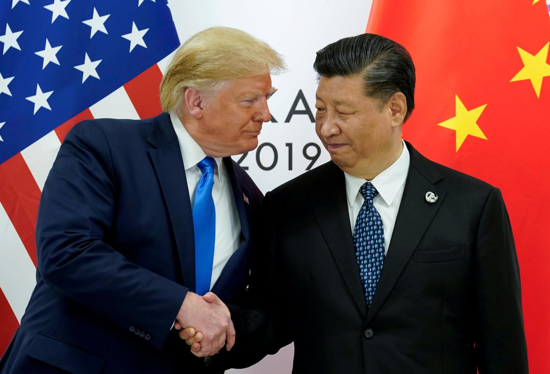 美国总统特朗普与中国主席习近平 Les présidents Donald Trump et Xi Jinping lors du sommet du G20 à Osaka (Japon), le 29 juin 2019.