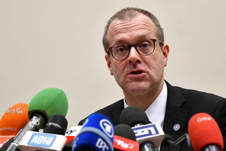 Hans Kluge habla durante una rueda de prensa que dio tras el brote de coronavirus en Italia, el 26 de febrero de 2020 en Roma