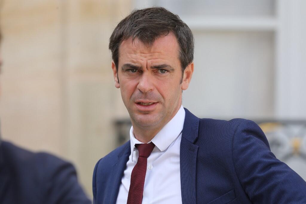 Olivier Véran, ministro francês da saúde, procura por cobro à contestação do pessoal do sector.