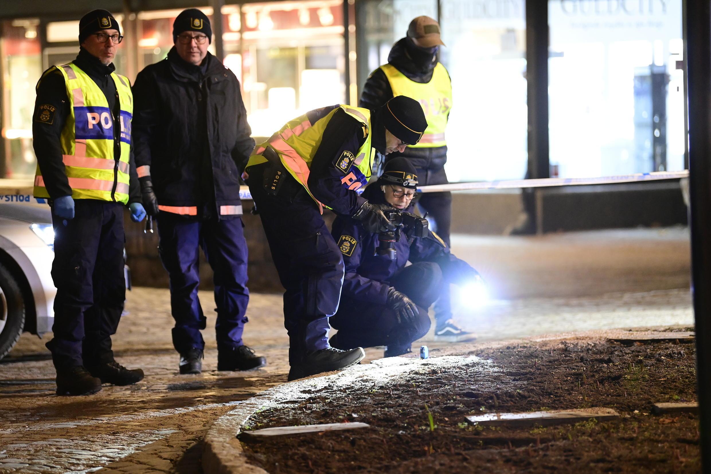 suède vetlanda police attaque