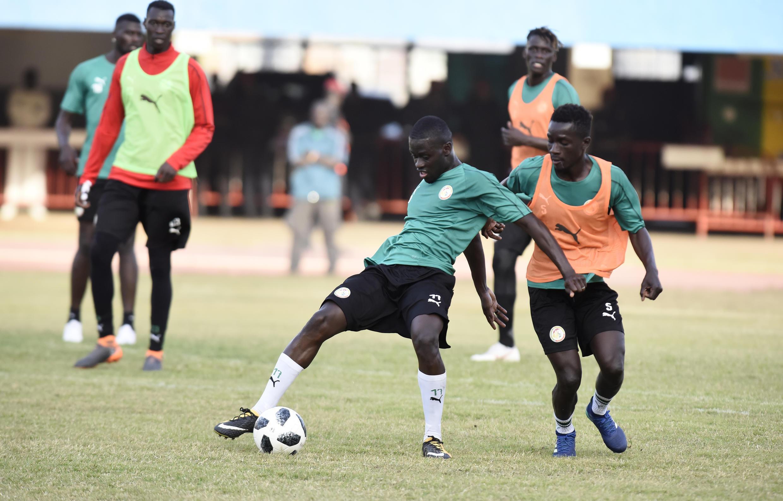 Các cầu thủ tuyển Senegal trong buổi tập luyện tại sân Leopold Sedar Senghor stadium, Dakar ngày 25/05/2018 để chuẩn bị cho World Cup Nga 2018.