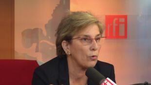 Marie-Noëlle Lienemann au micro de RFI.
