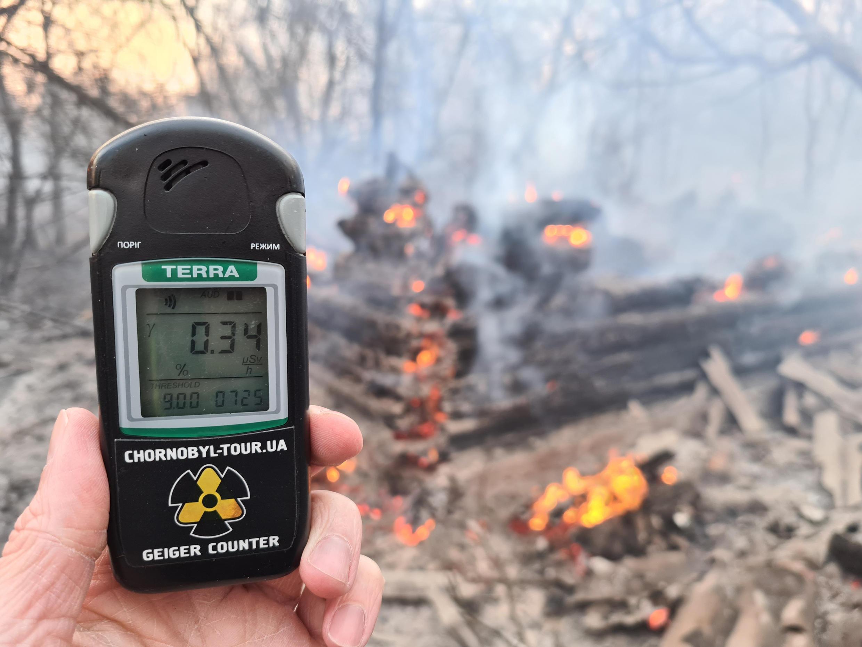 Из-за пожара в Чернобыльской зоне отчуждения повысился уровень радиации