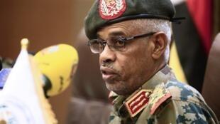 Jenerali Mohammed Ahmed Ibnouf, Makamu wa rais wa Sudan, Oktoba 22, 2018 Khartoum.
