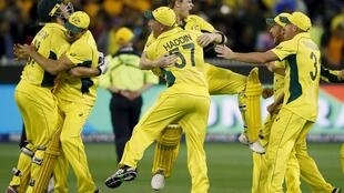 Australian players celebrate after defeating New Zealand