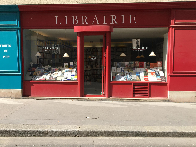 Una librería en el distrito 4 de París.
