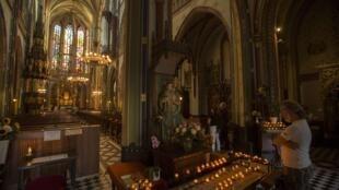 Amsterdam thắp nến vì nạn nhân MH17