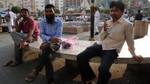 Des travailleurs indiens photographiés dans la ville de Jeddah, en Arabie saoudite, le 4 août 2016.