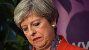 La Première ministre du Royaume-Uni Theresa May, dans l'attente des résultats des législatives, le 9 juin 2017 à Maidenhead.
