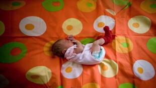 Des milliers de personnes ont déjà signé deux pétitions contre la nouvelle loi russe qui interdit l'adoption d'enfants russes par des Américains.