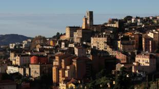 A cidade de Grasse produz perfumes desde o século XVI