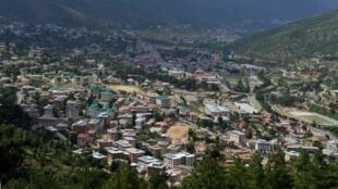 Vue générale de Thimphou, la capitale du Bhoutan.