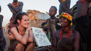 Stéphanie Ledoux, illustratrice et voyageuse, en Ethiopie.
