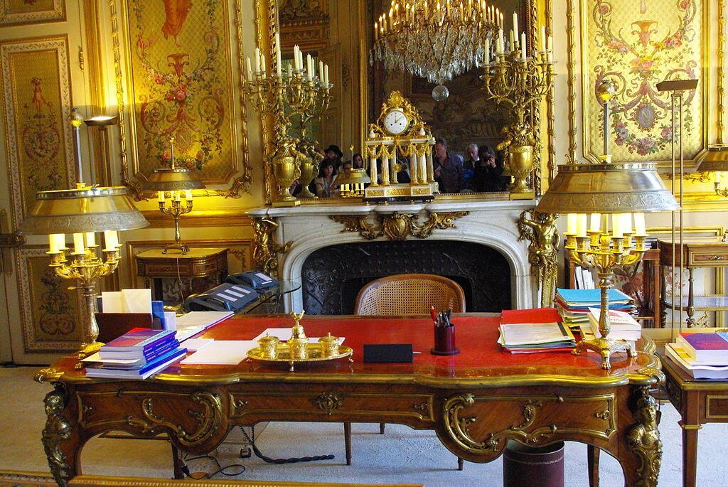 Phòng làm việc của tổng thống Pháp tại điện Elysée.
