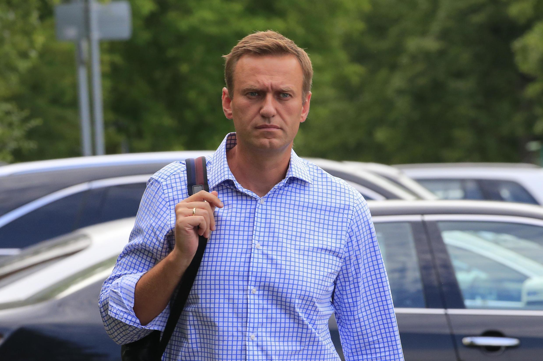 Алексей Навальный выступил в Европарламенте и призвал ЕС ввести санкции против людей из круга Путина.