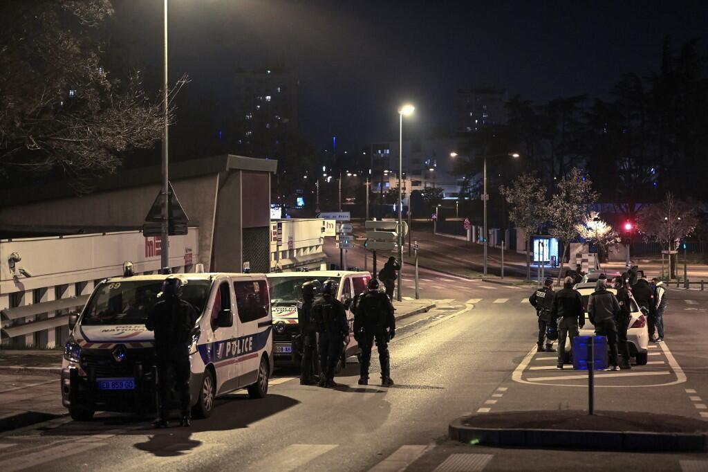 2021-03-08 france lyon police street violence riots parilly bron