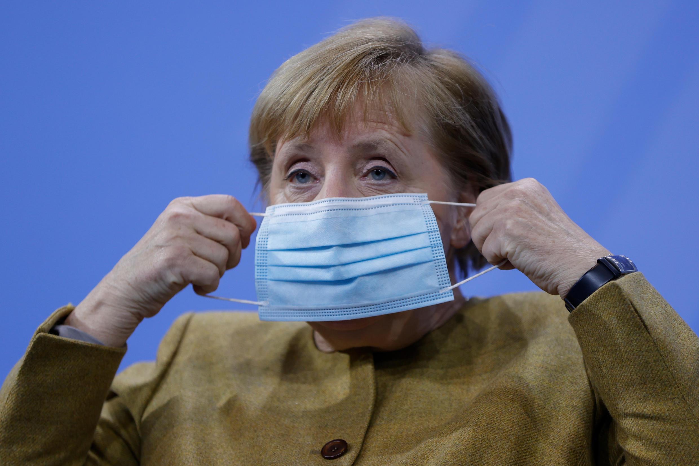 آنگلا مرکل، صدراعظم آلمان، در دیدار روز یکشنبه ١٣ دسامبر با روسای ایالتهای این کشور موفق شد تشدید محدودیتهای لازم برای مقابله با شیوع ویروس کرونا را به آنان بقبولاند