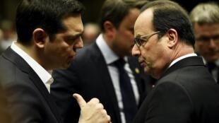 Le président français François Hollande et le Premier ministre grec Alexis Tsipras, le 18 février 2016 à Bruxelles.