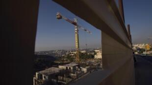 Строительство еврейского поселения на аннексированных территориях 27/09/2011