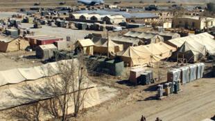 Le camp de Bagram, à 60 kilomètres de Kaboul, abrite la base aérienne américaine et la prison qui compte 675 détenus.