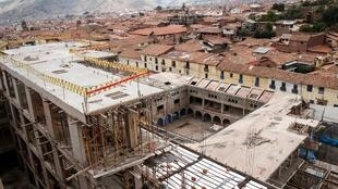 L'hôtel Sheraton de Cuzco, encore en cours de construction, doit être intégralement démoli a estimé la justice péruvienne.