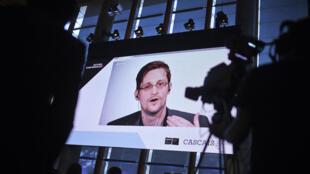 Ancien de la CIA et de la NSA, Edward Snowden a trouvé refuge en Russie après avoir fait fuiter des documents confidentiels sur la surveillance de masse aux Etats-Unis en 2013.