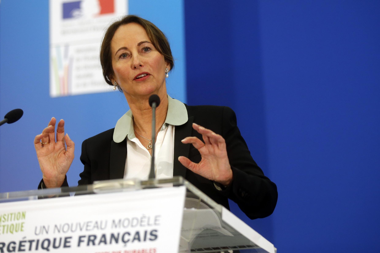 Сеголен Руаяль представляет энергетическую программу Франции на пресс-конференции в Париже 18/06/2014