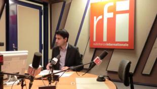 Александр Степанян в студии 152 парижского Дома радио 27 ноября 2011 года