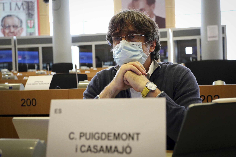 Carles Puigdemont anahudhuria katika kikaocha kamati ya kimataifa ya biashara ya Bunge la Ulaya, huko Brussels, Septemba 27, 2021.