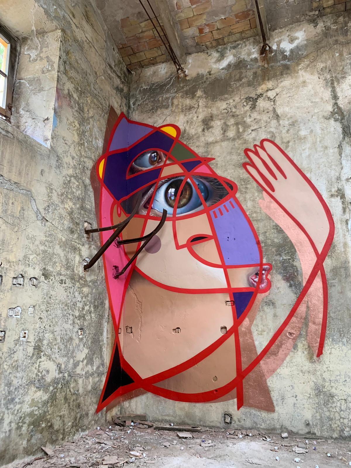 Esta es una pieza que representa a la mujer de un minero. Fundición de plomo de La Cruz en Linares.