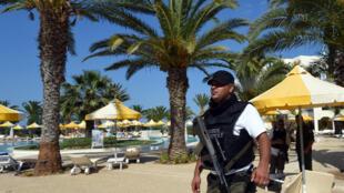 Turistas europeus foram mortos no ataque a praia da Tunísia.