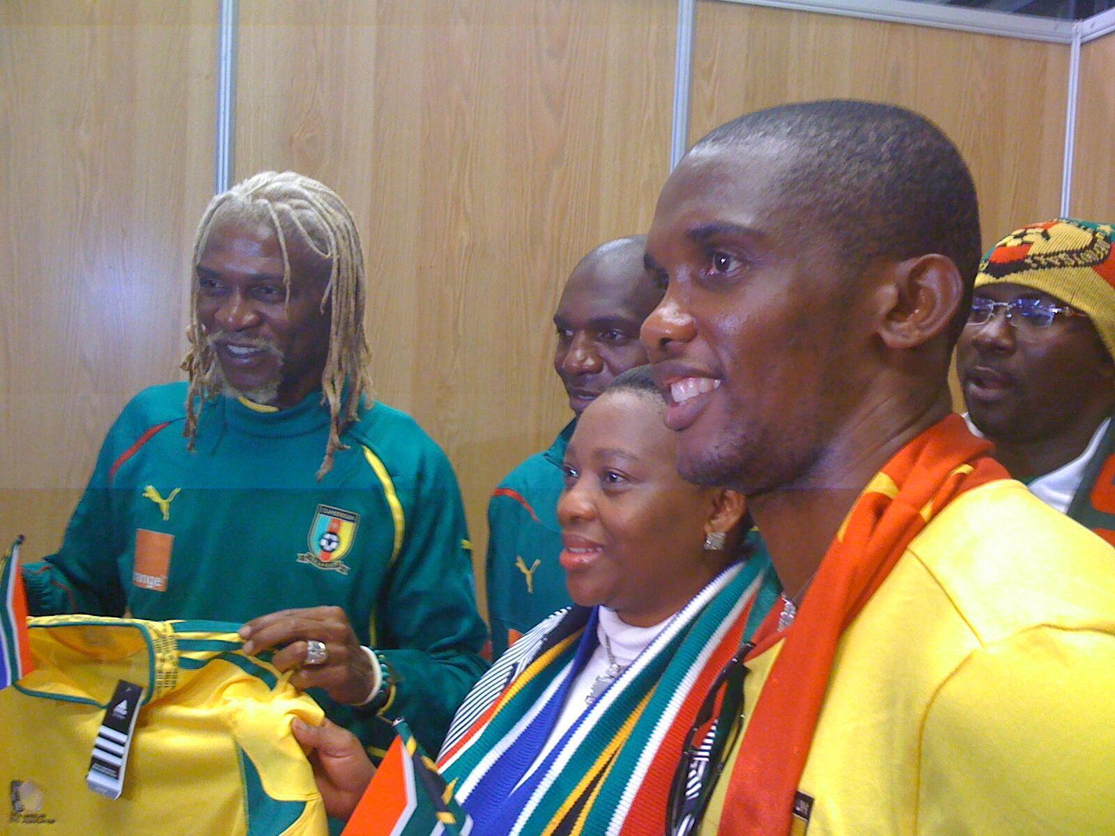 Các cầu thủ Camerun được đón tiếp nồng nhiệt tại Durban (RFI/C.Carmarans)