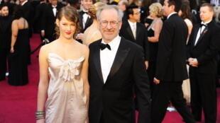Buzzy Lee (L), the musical alias of Sasha Spielberg, daughter of American film director Steven Spielberg, has released her debut album