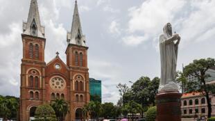 Nhà thờ chính tòa Đức Bà, Thành phố Hồ Chí Minh, Việt Nam.
