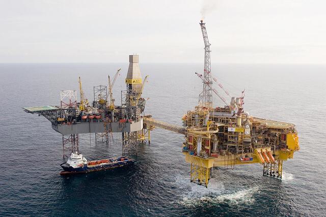 Plataforma de petróleo da Total no Mar do Norte.