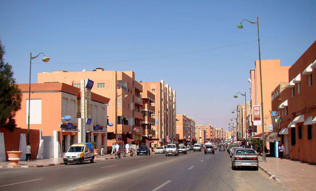 Katikati mwa mji wa Laayoune, mji mkuu wa Jamhuri ya Kiarabu ya Sahara Magharibi.