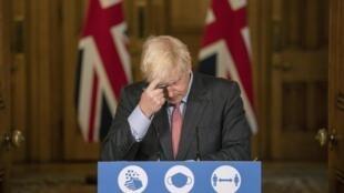 Critiqué de toutes parts, le Premier ministre britannique Boris Johnson est à la peine dans les sondages.