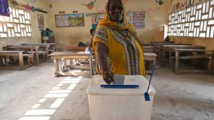 Un bureau de vote à Abobo, en banlieue d'Abidjan, le 31 octobre 2020 pour la présidentielle ivoirienne.