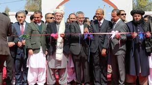 افتتاح اولین بسته تجارتی و صادراتی افغانستان از طریق بندر چابهار به هند، در روز یکشنبه ۵ حوت/ ٢٤ فوریه ٢٠۱٩، توسط محمد اشرف غنی رییس جمهوری افغانستان در ولایت نیمروز واقع در غرب این کشور افتتاح گردید.