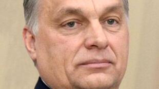 Le président hongrois Viktor Orban supporterait de moins en moins les critiques de son allié, l'Allemagne, c'est pourquoi il aurait décidé d'annuler ces retrouvailles..