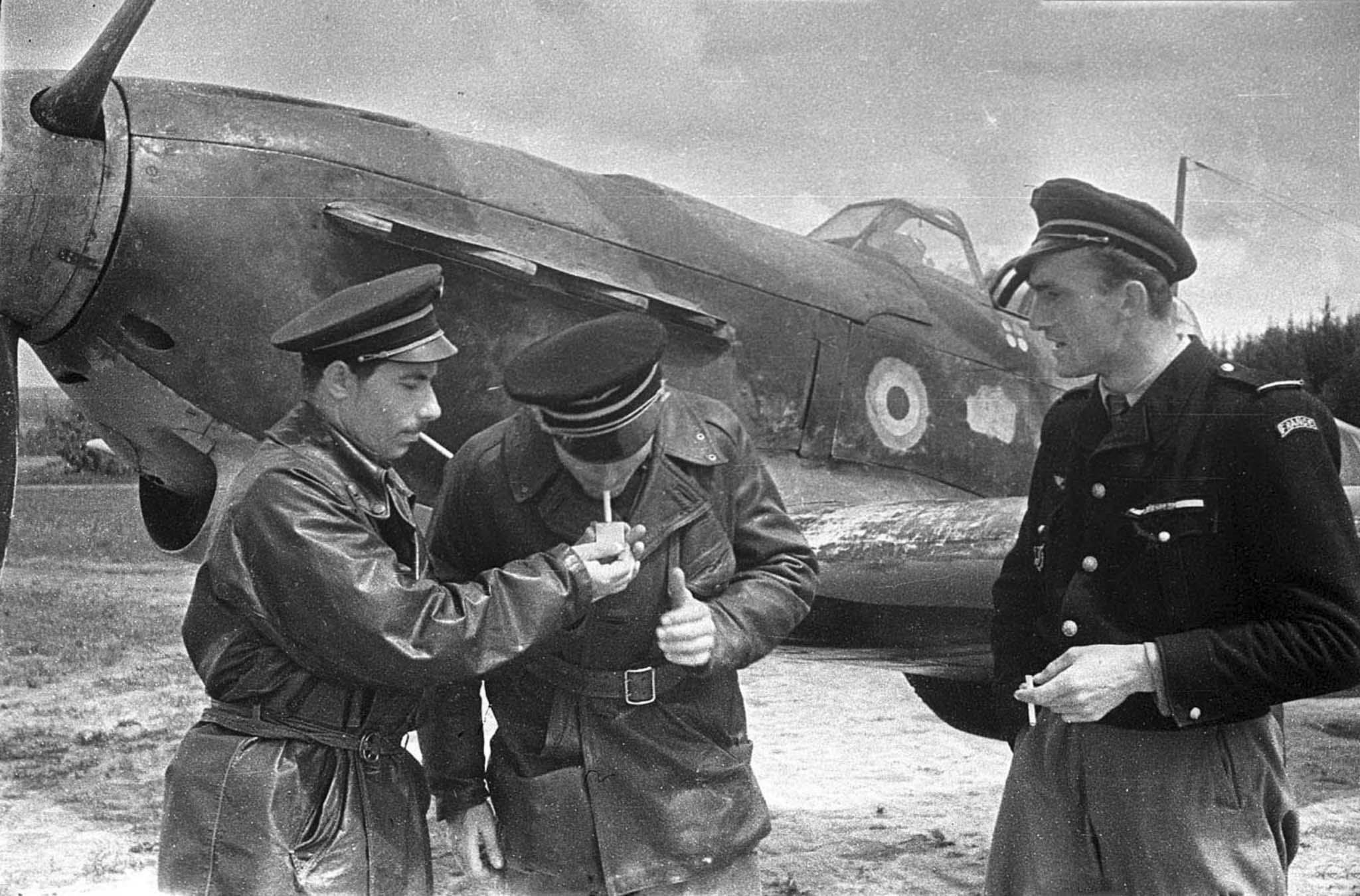 Фото «Нормандия — Неман» из Российского государственного архива кинофотодокументов