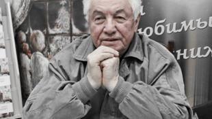 Владимир Войнович ушел из жизни в ночь на 28 июля. Сообщается, что причиной смерти стал сердечный приступ.